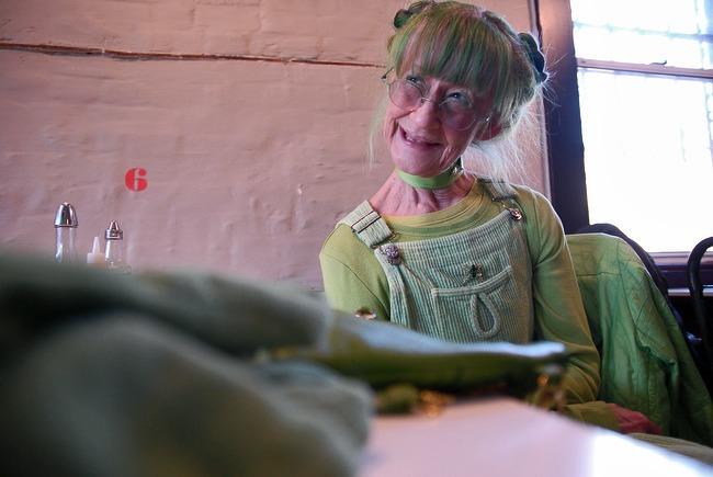 Green Lady Nightengale 9