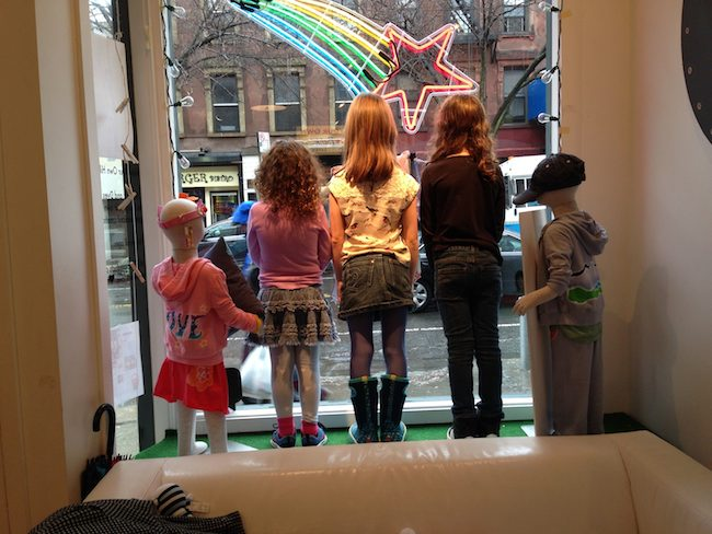 Hiho Kids Window