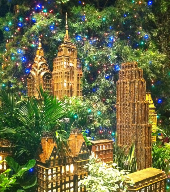 New york botanical garden holiday train show south Botanical garden train show